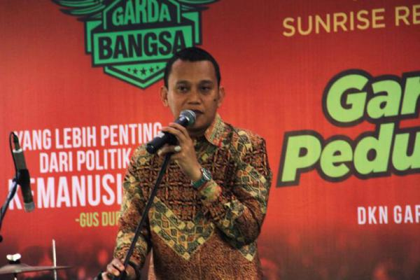 Timses Prabowo Usul Debat Berbahasa Inggris, Karding: Itu Kehabisan Bahan