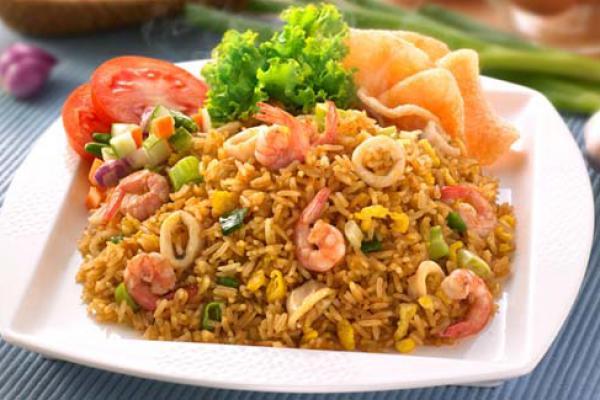 Ragam Budaya dan Sejarah Dalam Sepiring Nasi Goreng