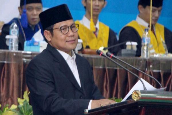 Cak Imin Berikan Kuliah Umum di Hadapan Ribuan Mahasiswa UNP Padang