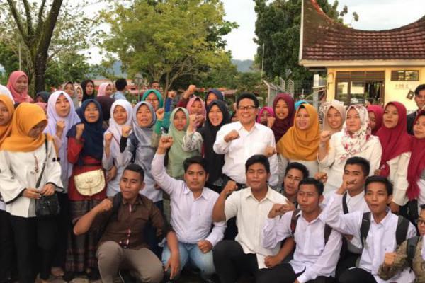 Dukung Inovasi, Cak Imin Minta Pemerintah Fasilitasi Anak Muda