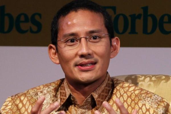 Jabat Menparekraf, Jokowi Beri Tugas Khusus ke Sandiaga Uno