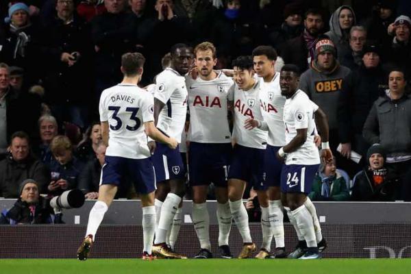 Kane Gemilang, Spurs Gilas Southampton 5-2