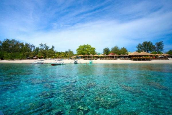 Jelang Akhir Tahun, Kawasan Wisata Gili Diserbu Wisatawan