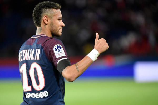 Neymar Pemain Terbaik Brasil 2017, Coutinho kedua