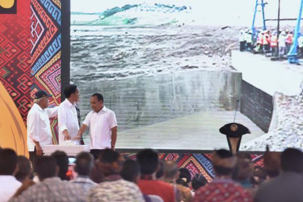 Presiden Jokowi Resmikan Bendungan Raknamo, Masyarakat NTT Bersuka Cita
