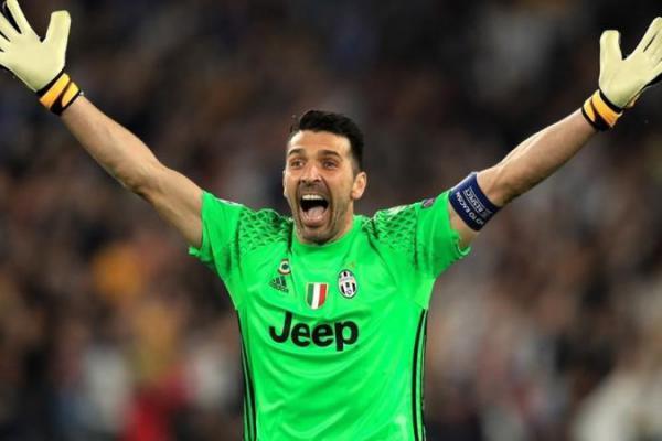 Kiper Juventus Segera Bertemu Presiden Klub Bahas Masa Depannya