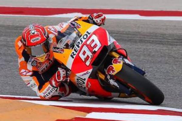 Rossi Sebut Marquez Pembalap Tangguh dan Tak Punya Batas