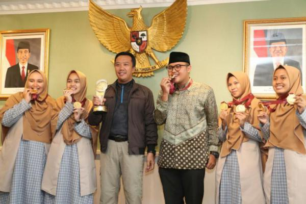 Santri Tazkia International Islamic Boarding School (TIIBS) Juara, Ini Pesan Menpora