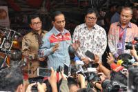 Berjaket `Peta Indonesia`, Jokowi Buka IIMS 2018 di Kemayoran