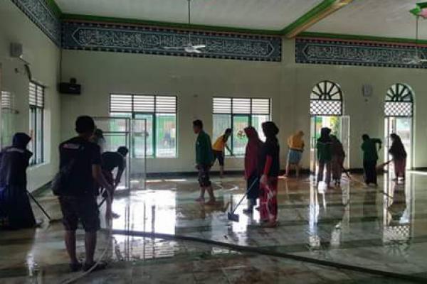 PBNU Ajak Masyarakat Bersih-Bersih Masjid Serentak Nasional