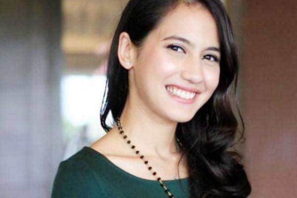 Fokus Jalani Puasa Ramadhan, Pevita Pearce Batasi Pekerjaan
