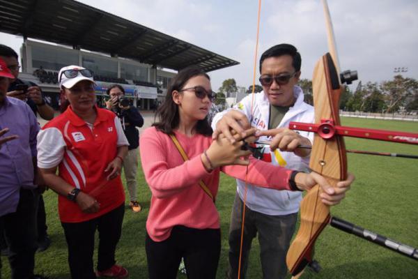 Menpora Paparkan Kesiapan Asian Games di Komisi X
