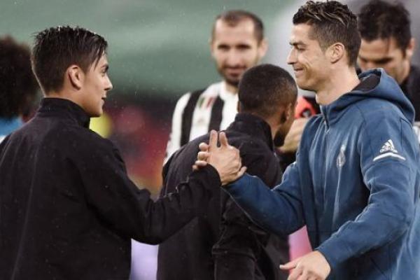 Resmi ke Juventus, Dybala: Selamat Datang Ronaldo!