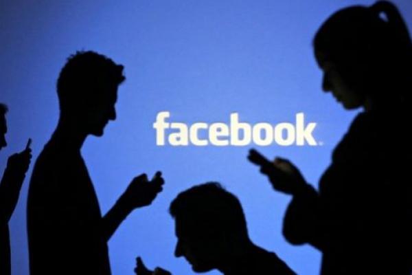 Riset Terbaru Menyebut Pengguna Android Lebih Banyak Habiskan Waktu Buka Facebook