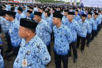 Jokowi Akan Naikkan Gaji PNS Tahun Depan untuk Tingkatkan Kinerja