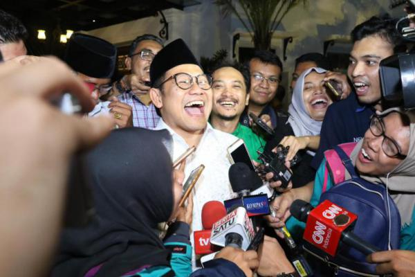 Tawa Pecah Saat Cak Imin Keceplosan `Daftar Jokowi-Cak Imin`
