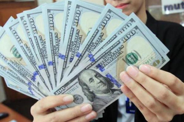 Rupiah Terus Menguat Terhadap Dolar AS, Sore ini Naik 142 Poin