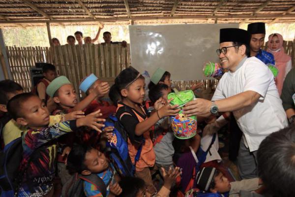 Cak Imin Sapa Korban Gempa Lombok di Sekolah Kebangkitan Bangsa