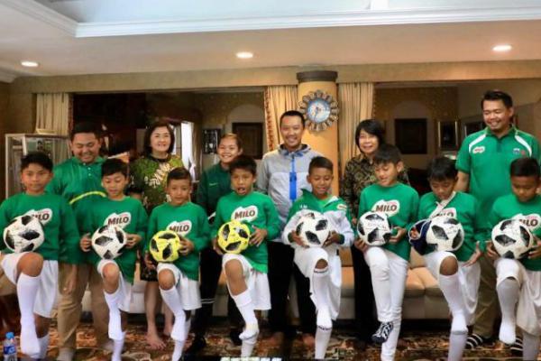 Menpora Apresiasi PT Nestle Ikut Kembangkan Sepakbola Indonesia