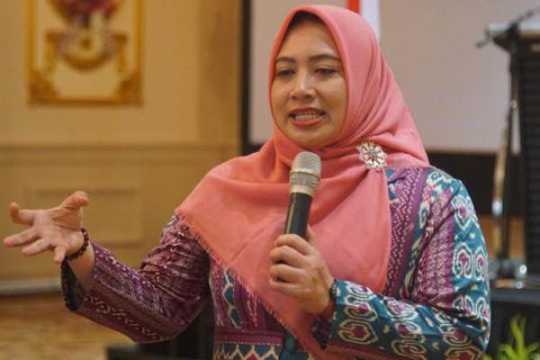 RUU Pesantren Disetujui Jadi Inisiatif DPR, Nihayah: Kado Hari Santri