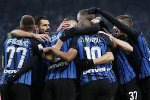 Jaga Keutuhan Tim, Inter Milan Perpanjang Kontrak Enam Pemain Secara Bersamaan