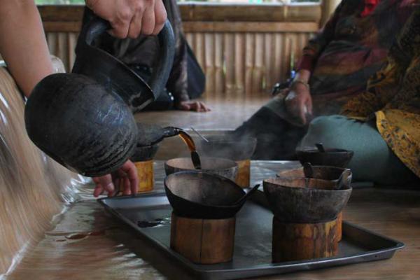 Festival Pesona Budaya Minangkabau: 1018 Gelas Kawa Daun Siap Pecahkan Rekor MURI