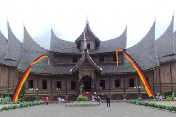Festival Keraton Nusantara XII Hadirkan Raja se-Nusantara