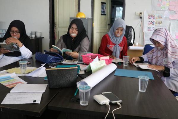 Guru SMP dan MTs di Tanjab Timur Komitmen Programkan Budaya Baca