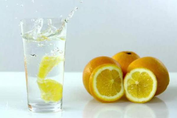 Air Lemon yang Kaya Manfaat, Bisa Turunkan Berat Badan