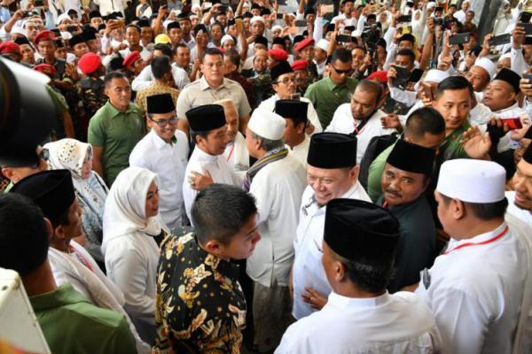 Ribuan Ulama Madura Deklarasi Dukung Jokowi-Ma'ruf Amin