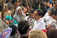 Usai Debat, Jokowi Tanam 1000 Pohon dan Resmikan Kampung Siaga Bencana