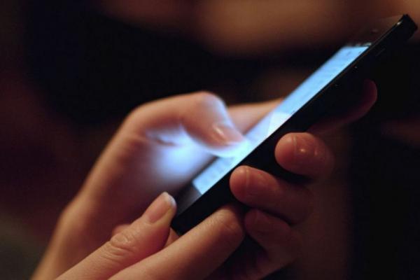 Radiasi 14 Smartphone Ini Disebut Potensial Membahayakan Manusia