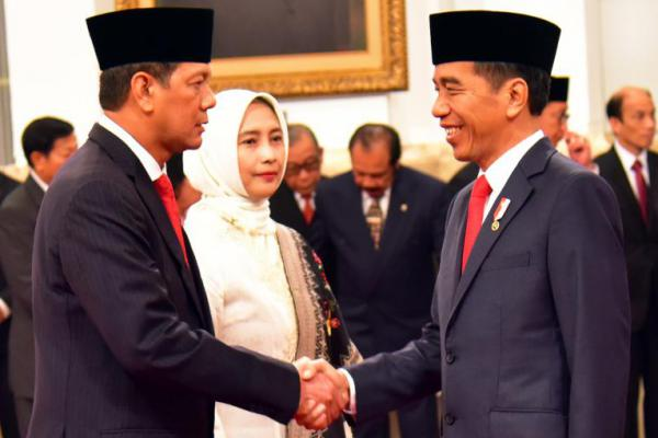 Presiden lantik Letjen TNI Doni Monardo jadi Kepala BNPB
