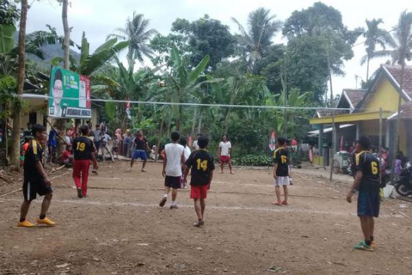 Kolaborasi Caleg PKB Sukseskan Turnamen Bola Voli di Pandeglang