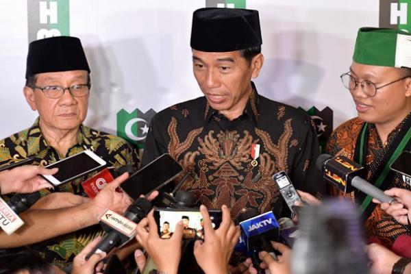 Didukung Akbar Tandjung, Jokowi Makin `Pe De`