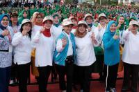 Di Ambon, Ibu Negara Kampanye Kebersihan Lingkungan