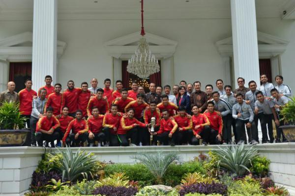 Presiden Jokowi Tambah Bonus Rp200 Juta Tiap Pemain Timnas U-22