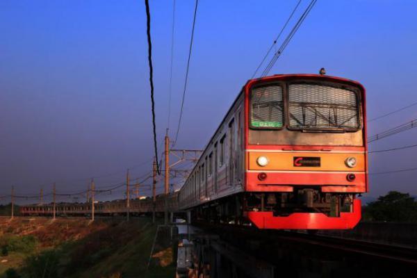 PSBB Transisi, KRL Rekayasa Perjalanan Mulai Hari Ini