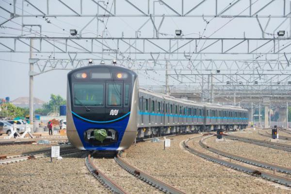 MRT Jakarta Resmi Beroperasi Besok Usai Kantongi Izin dari Pemprov DKI