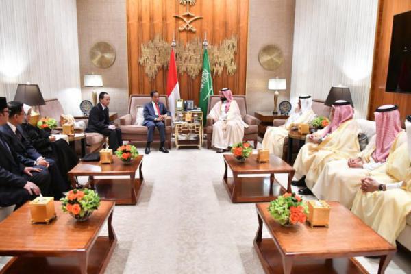 Putra Mahkota Kerjaan Arab Saudi Puji Pertumbuhan Ekonomi Indonesia