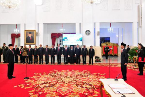 Presiden Lantik Kepala BSSN di Istana Negara