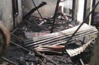 Diduga Biang Kebakaran Rumah, Warga Grogol Polisikan Teknisi PLN