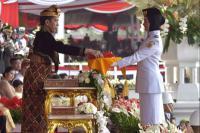 Jadi Inspektur Upacara HUT RI, Presiden Jokowi Kenakan Baju Adat Bali