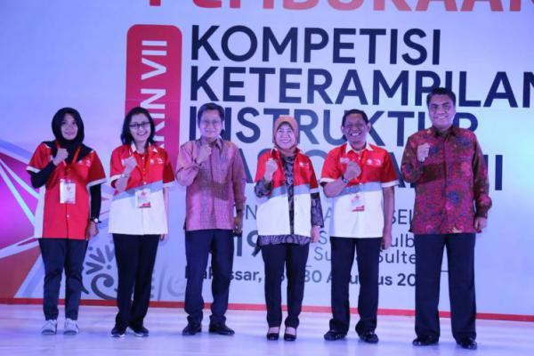 Tingkatkan Kompetensi Instruktur, Kemnaker Gelar Kompetisi KKIN Regional Sulsel