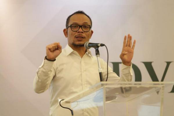 Hanif Dhakiri Yakin Zainudin Amali Mampu Pimpin Kemenpora