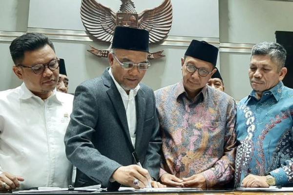 Serius Kawal RUU Pesantren, DPR Berterimakasih Kepada Legislator PKB