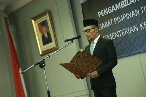 Menteri Hanif Dhakiri Lantik 109 Pejabat Kemnaker
