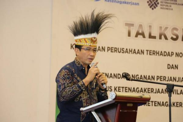 Plt Dirjen Binwasnaker dan K3 Kemnaker Hadiri Talkshow Ketenagakerjaan di Mimika