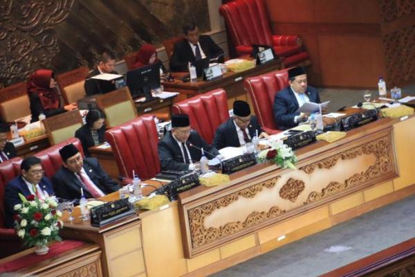 Ketua DPR RI: Selama Periode 2014-2019, DPR Selesaikan 91 RUU