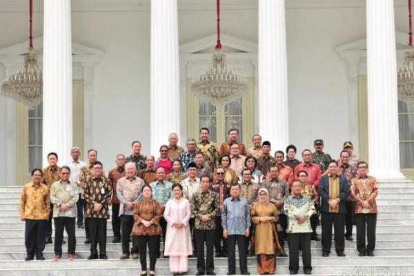 Presiden Jokowi Silaturahmi dengan Wapres dan Menteri Kabinet Kerja
